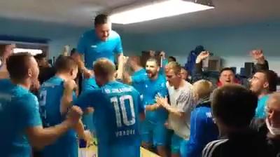vrbova_Moment